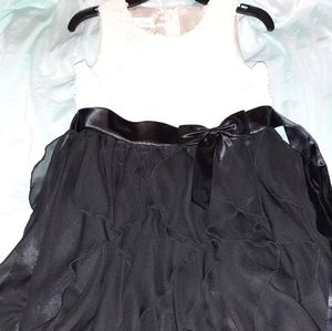 American Princess girls' sz 10 fancy rosette dress